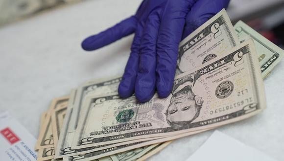 El índice del dólar de Bloomberg ha retrocedido más del 11% desde su máximo de marzo.