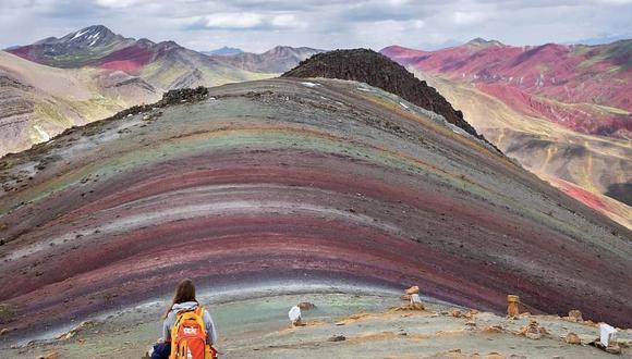 La Montaña de Palcoyo presenta múltiples colores que cautivan a los viajeros. (Foto: operador turístico Tierras Vivas)