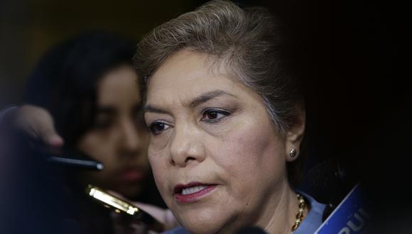 Luz Salgado le respondió al titular del Legislativo, Daniel Salaverry, a través de su cuenta de Twitter. (Foro: GEC)