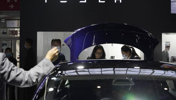 El fabricante de vehículos eléctricos Tesla será la séptima compañía más grande en el S&P 500 con su valor de mercado actual, cayendo entre Berkshire Hathaway Inc. y Visa Inc.