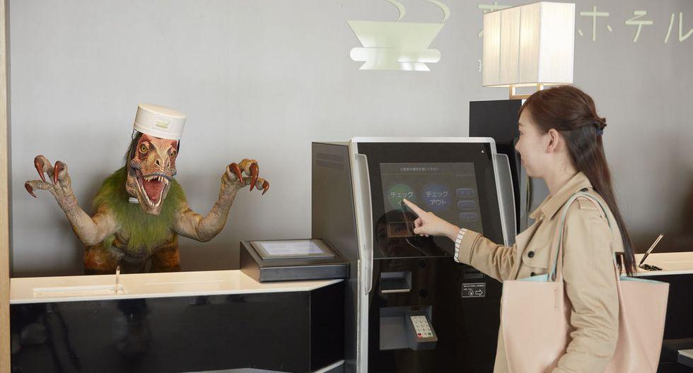 """La cadena de hoteles """"Henn na""""  fueron reconocidos por el Guiness de los Récords como la primera cadena de hoteles del mundo gestionada casi por completo por robots"""