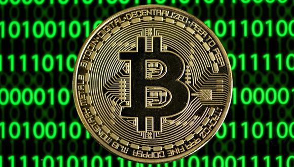 Si bien el precio actual de un Bitcoin es de s/ 204,000, un usuario puede comprar solo una fracción de esta criptomoneda. (Foto: AFP)