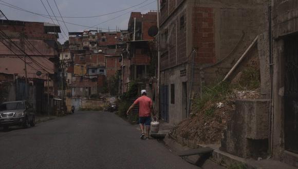 FOTO 10 | Si bien los apagones intermitentes son habituales Venezuela, nunca habían afectado simultáneamente a tantos estados y por tanto tiempo. (Foto: ANDREA HERNÁNDEZ )