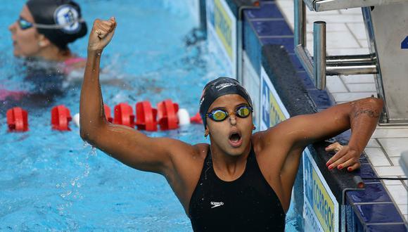 FOTO 17   Etiene Medeiros (BRA, natación) La brasileña Etiene Medeiros se marchó de los Juegos de Toronto 2015 con cuatro medalllas, entre ellas el oro en el hectómetro a espalda, primera medalla de ese metal en la historia de los Panamericanos para una nadadora brasileña. Pero ente aquella edición y la de Lima firmó el mayor éxito de su carrera, el título mundial de los 50 m espalda en el 2017. Tiene los récords sudamericanos de 50 libre, 50 y 100 espalda y, con sus compañeras brasileñas, 4x100 libre. Compite a partir del 6 de agosto. (Foto: SwimSwam)