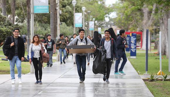 Todos los alumnos universitarios gozan del pasaje universitario, que consiste en el 50% del precio regular ofrecido al público en general. (Foto: GEC).