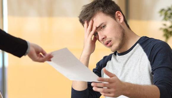 La noticia del despido puede llegar de sorpresa y lo más normal es que se sientas triste o enojado. (Foto: MorgueFile)
