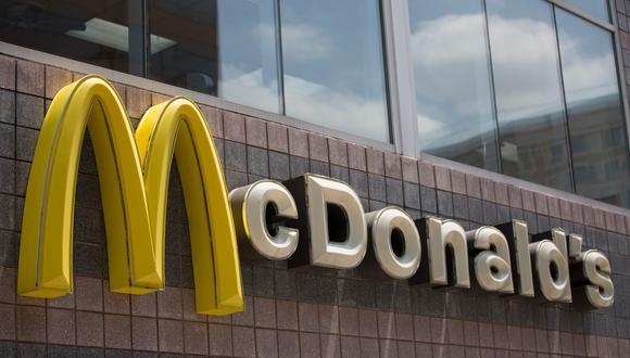 En Estados Unidos, donde McDonald's opera más de un tercio de sus restaurantes, las ventas comparables cayeron un 8.7%. (Foto: AFP)