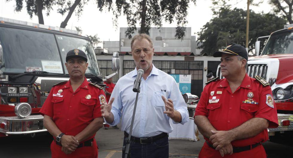Alcalde de la Municipalidad de Lima, Jorge Muñoz, anunció esta mañana la suspensión del proyecto (Foto: César Campos)