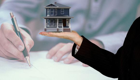 """Si va a arrendar un inmueble de su propiedad, debe suscribir un contrato escrito de arrendamiento en el que incluya la llamada """"cláusula de allanamiento futuro"""" que facilitará el desalojo de su inquilino ante la falta de pago (Foto: Pixabay)"""
