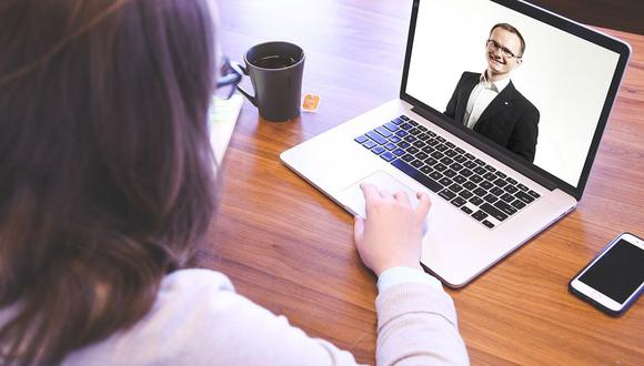 Durante la pandemia, las entrevistas presenciales han sido reemplazadas por encuentros virtuales entre reclutadores, empresas y postulantes  (Foto: Pixabay)