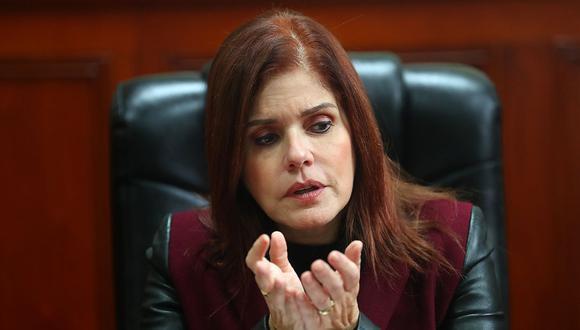 La vicepresidenta Mercedes Araoz ha asumido el despacho presidencial pocos días después que Pedro Chávarry anuncie una investigación en su contra. (Foto: USI)