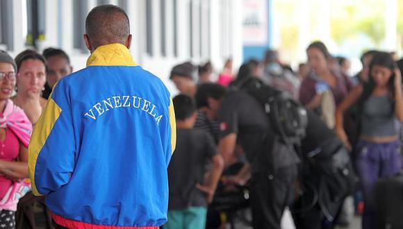 El 80% de venezolanos que llega al Perú viene con pasaporte, dijo el ministro de Relaciones Exteriores. (Foto: EFE)