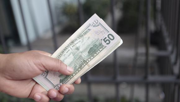 El dólar registró un avance a nivel global. (Foto: GEC)