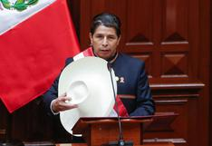 Bonos de Perú caen, mercado evalúa riesgos constitucionales tras discurso de Castillo