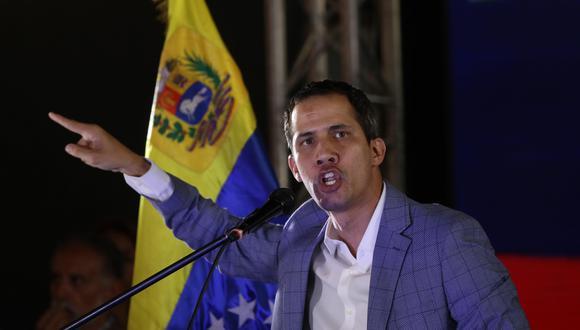 Juan Guaidó se enfrenta a la dictadura de Maduro en Venezuela. (Foto: AFP)