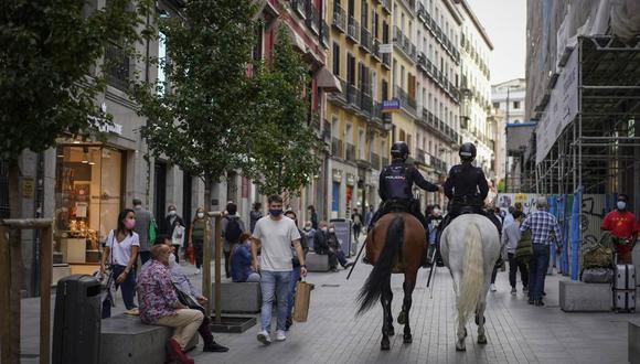 La población extranjera se redujo 0.5%, en 26,331 personas, hasta 5′407,822, que representan el 11.4% de los empadronados en España, de acuerdo a estas estadísticas oficiales. Photographer: Paul Hanna/Bloomberg