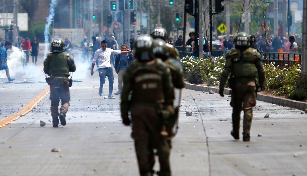 """Chile: Nuevas protestas en Santiago de Chile pese a """"estado de Emergencia"""". (Foto: AFP)"""