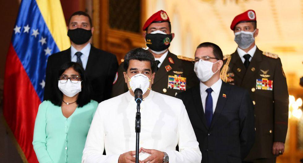 El ilegítimo presidente venezolano Nicolás Maduro durante un mensaje televisado en medio de la pandemia de coronavirus, en el Palacio Presidencial de Miraflores en Caracas. (Foto: AFP/Zurimar Campos)