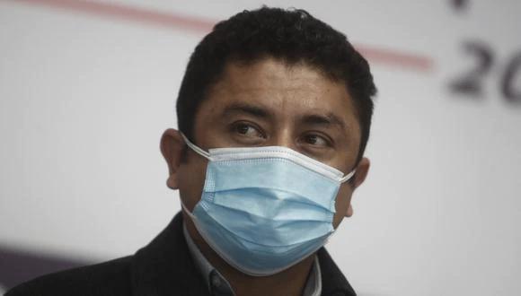 El congresista Juan Burgos denunció a Guillermo Bermejo ante la Comisión de Ética para que lo sancione con una suspensión de 120 días de legislatura. (Foto: GEC)