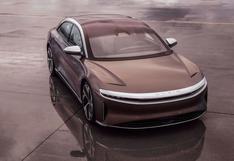 Primer auto eléctrico de Lucid supera a Tesla en autonomía