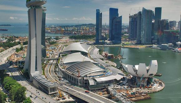 Foto 3 | Singapur ► Por cada kilómetro cuadrado tiene a 8,155 personas.