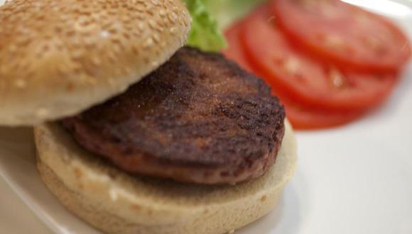 """Mosa Meat es una empresa holandesa cofundada por Mark Post, el primero en presentar al público una porción de carne picada """"in vitro"""" hecha con células madre de vaca en el 2013. (Foto: Difusión)"""