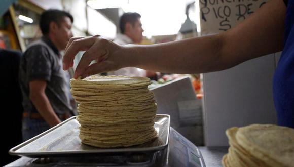 México es autosuficiente en maíz blanco, pero José Cacho, vicepresidente de Grupo Minsa, advierte que estos cambios podrían obligar al segundo mayor molinero nacional de harina de maíz a comprar en el mediano plazo insumos importados que hace unos cuatro años adquiere exclusivamente en el país. (Foto: Reuters)