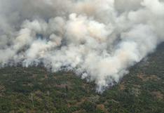 Bolsonaro ordena que Fuerzas Armadas se unan al combate de incendio amazónico