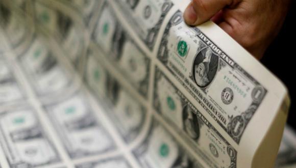 El dólar operaba a la baja el lunes. (Foto: Reuters)
