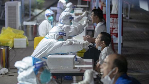 Vacunación. La proporción de población china que posee algún tipo de inmunidad es más baja que en India, e incluso que Indonesia, de acuerdo con Goldman Sachs, pese a que su tasa de vacunación es mucho más alta.