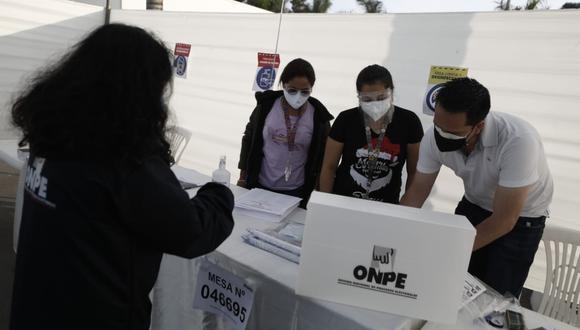 ONPE informó que solo podrán instalarse mesas hasta el mediodía. (FOTO: ONPE)