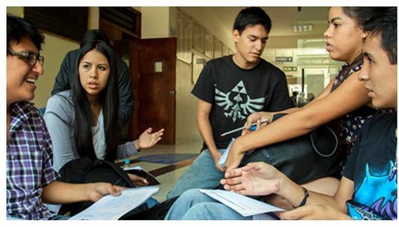 La deserción estudiantil -tanto en los colegios, institutos y universidades- fue uno de los grandes efectos que dejó la pandemia del COVID-19 en el país durante el año pasado. (Foto: Referencial)