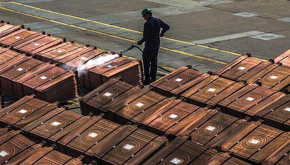El cobre cayó en la apertura del lunes. (Foto: AFP)