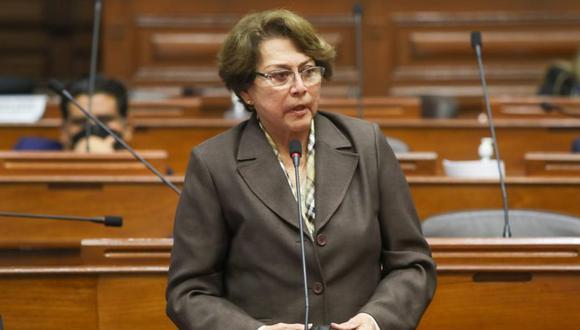 Gladys Echaíz, congresista de APP, ha presentado un proyecto de ley para regular el destino de los restos de condenados por terrorismo y traición a la patria. (Foto: Congreso)