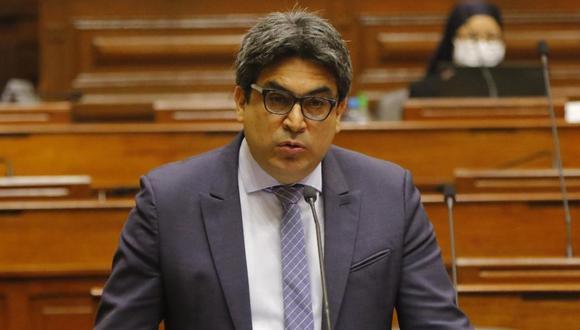 El ministro de Educación, Martín Benavides, señaló que es una prioridad para su despacho la situación de los estudiantes de universidades con licencia denegada.