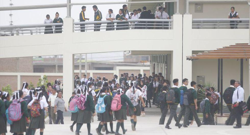 El ministro de Educación, Daniel Alfaro, precisó que las clases escolares comenzarán el  11 de marzo en los colegios públicos. (Foto: GEC)