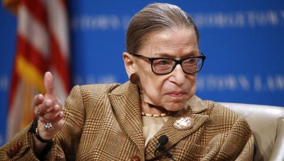 Nominada por el expresidente Bill Clinton en 1993, Ruth Bader Ginsburg era la jueza de más avanzada edad de los nueve que conforman el Tribunal Supremo de EE.UU. (Foto: AP)