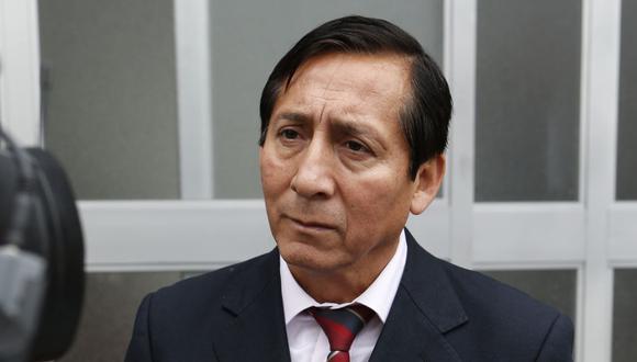 El congresista Carlos Almerí dijo que no apoyó con su firma la nueva moción de vacancia presidencial que promueve UPP. (Foto: GEC)