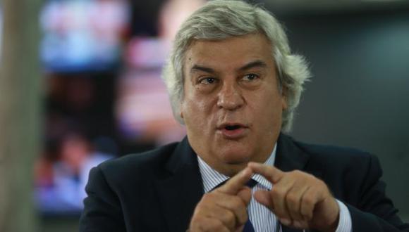 Fernando Olivera postula a la presidencia de la República en representación del Frente Esperanza 2021