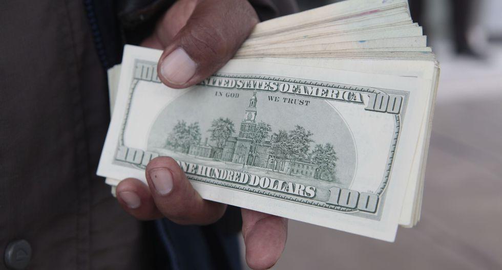 En el mercado paralelo o informal, el tipo de cambio se cotizaba a S/ 3.455 la venta. (Foto: GEC)