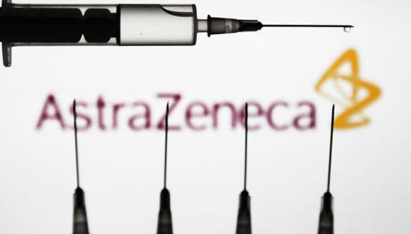 La vacuna de AstraZeneca ha estado en el punto de mira varias semanas por vincularse casos de trombos como posibles muy raros efectos secundarios. (Foto: Getty Images)