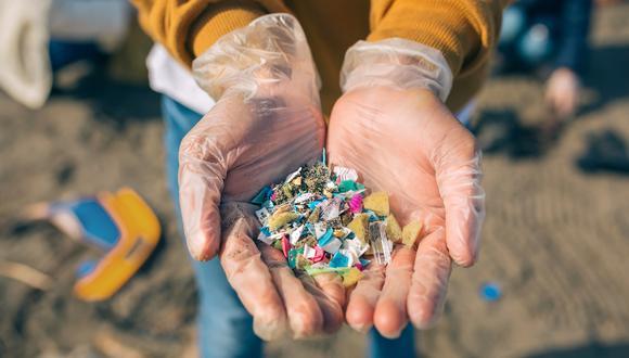 En 2016, las estimaciones de las emisiones globales de plástico a lagos, ríos y océanos del mundo estaban entre 9 y 23 millones de toneladas métricas al año y, si las cosas no cambian, se teme que para 2025 estas cifras se dupliquen. (Foto: iStock)