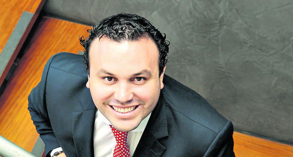 Horarios. Eduardo Morales, CEO de Control Parking, considera que es importante ser flexible en este aspecto. (Foto: Diana Chávez)