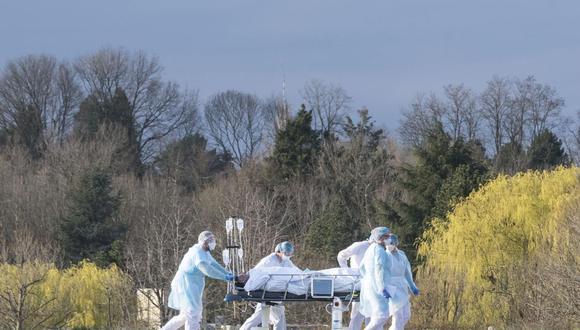 La cuestión de la inmunidad frente a segundas infecciones requiere de más investigación y datos para ser respondida, según apuntaron los investigadores. (AFP)