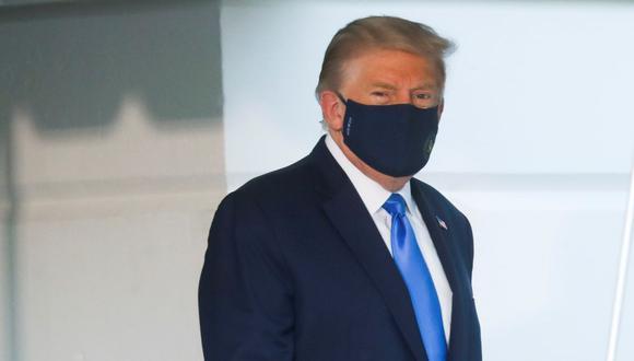 Trump recibió oxígeno el viernes en la Casa Blanca y quizás el sábado. Su médico es evasivo respecto al segundo episodio. No requirió un respirador artificial. (Foto: REUTERS/Leah Millis)