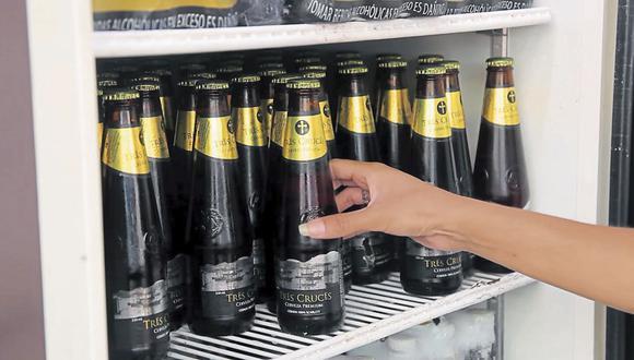 """Tras la compra de la cerveza Tres Cruces, Heineken enfrenta una """"maquinaria formidable"""" en Perú dada la participación de mercado de 98.6% de AB InBev en dicho país."""