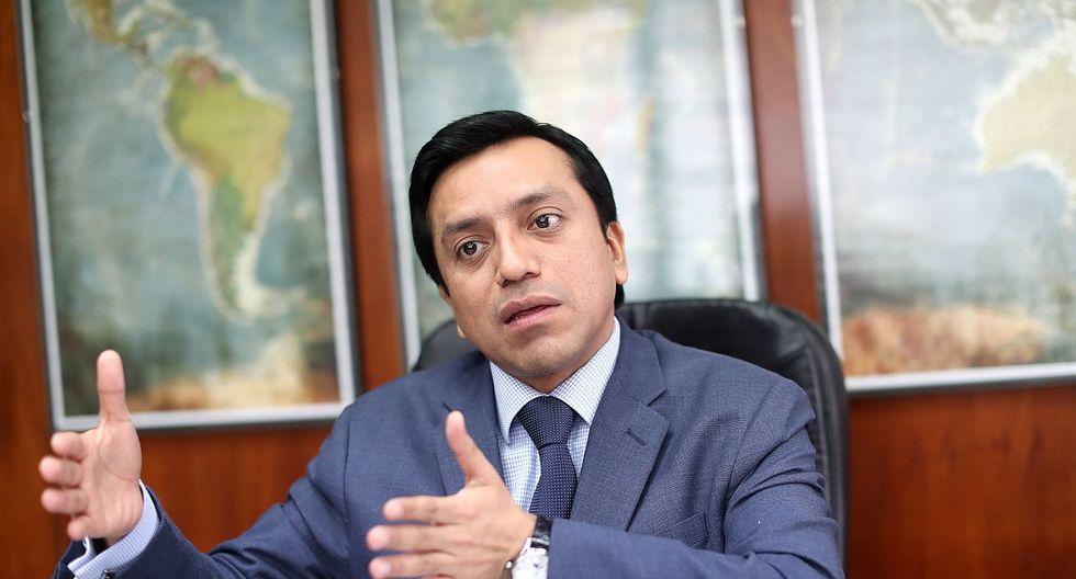 El congresista Gilbert Violeta, de Peruanos por el Kambio, participó en una reunión con Pedro Pablo Kuczynski, Juan Sheput y Salvador Heresi. (Foto: GEC)