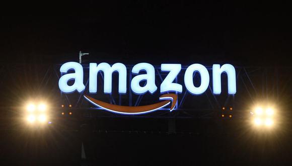 El pasado junio, Amazon, que había dicho pocos meses antes que abogaba por la vuelta total a la oficina, cambió su política y dio permiso a sus empleados a trabajar de forma remota dos días a la semana, y además ofreció la posibilidad de presentar una solicitud de excepción a quienes lo deseen para incrementarlos a tres, cuatro o cinco.   (Foto: AFP)