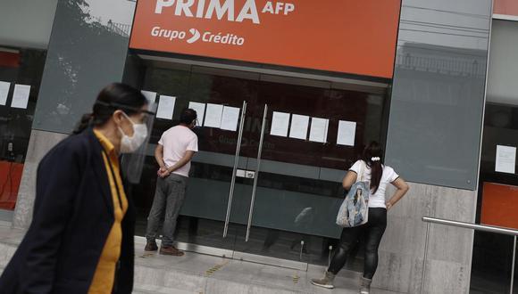 Desde el pasado 27 de mayo, los afiliados a la AFP vienen presentando las solicitudes para el retiro de hasta S/ 17,600 de sus fondos. (Foto: GEC)