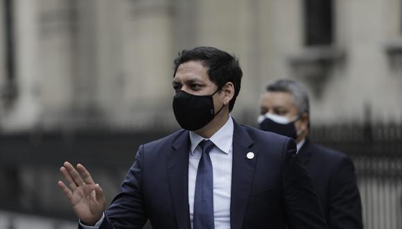 Luis Valdez indicó que se hará un cambio al reglamento del Congreso para implementar la eliminación de la inmunidad parlamentaria. (Foto: Antonhy Niño de Guzmán/GEC)